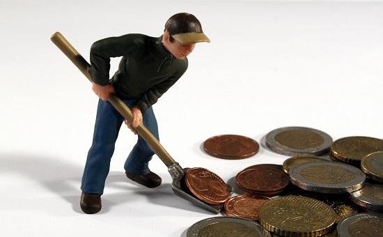 Bild Mann, Schaufel, Geld