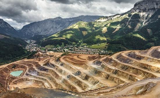 Gute chancen f r ingenieure im bergbau for Ingenieur bergbau
